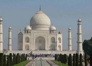 Visit and tour the top tourist attractions of India