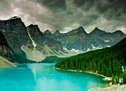 Visit and tour the tourist attractions of Canada